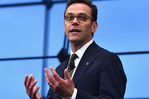 Will James Murdoch Replace Elon Musk As Tesla Chairman?
