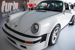These Guys Will Put 1,000-HP Formula 1 Engines Into Classic Porsche 911s