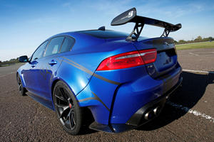 Jaguar XE SV Project 8 Owners Will Race Each Other In Series Elite