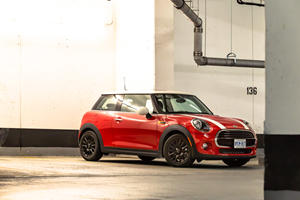 2019 Mini Cooper Test Drive Review: Skinny, Little, Pithy