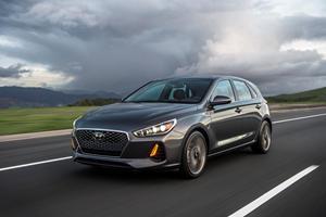 2019 Hyundai Elantra GT Review