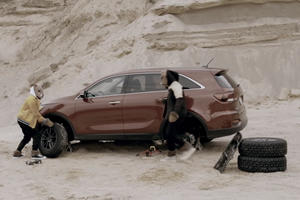 "Watch Jeep Hilariously Mock Kia Sorento's Off-Road ""Capabilities"""