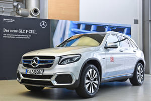 Mercedes Rolls Out World's First Hydrogen PHEV (But You Can't Buy One)