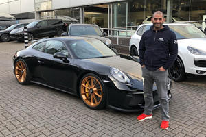 Chris Harris Crashes Porsche 911 GT3 Touring Into A Pickup Truck