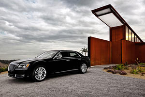 First Look: 2011 Chrysler 300