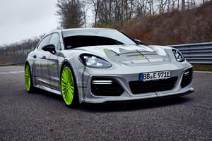 Porsche Panamera Turbo S E-Hybrid Transforms Into 750-HP Super Sedan