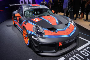 Limited Edition Porsche 911 GT2 RS Clubsport Is A 700-HP Track Weapon