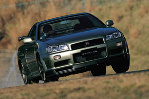 Nissan Building New Parts For R33 And R34 Skyline GT-R