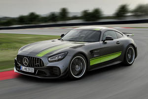 Watch The Mercedes-AMG GT R Pro Destroy The Nürburgring