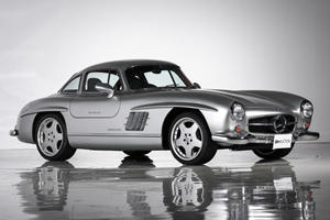 Classic Mercedes 300SL Upgraded By AMG Is A $1-Million Unicorn