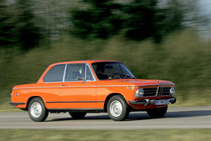 This Is How To Transform A BMW 1 Series Into A BMW 2002