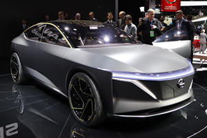 Nissan IMs Concept Electrifies Detroit