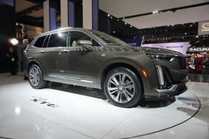 2020 Cadillac XT6 Looks Imposing In The Metal