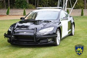 Police Swap Dodge Charger For Tesla Model S
