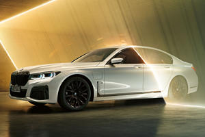 New BMW 7 Looks Stellar With M Sport, Shadow Line Packages