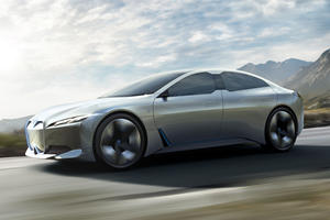 BMW i7 Coming With 650 HP And 370-Mile Range?