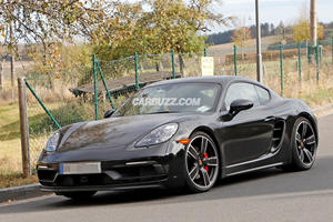 A Porsche Cayman GT4 Touring Is Coming
