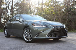 2019 Lexus ES 350 Test Drive Review: Most Improved Player