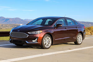 2019 Ford Fusion Energi Test Drive Review: The Handsome Hybrid