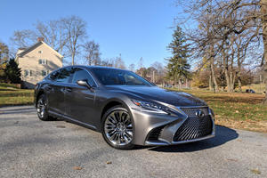 Own An LS 500 Or LS 500h? Lexus May Need To Give You New Tires