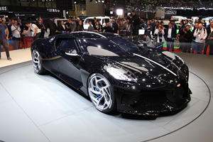 "One-Off Bugatti ""La Voiture Noire"" Is An $18-Million Masterpiece"