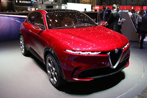 Alfa Romeo Tonale Concept Previews Stylish Compact Crossover
