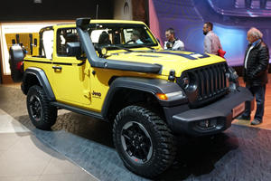Jeep Wrangler Rubicon 1941 Storms Europe Once Again