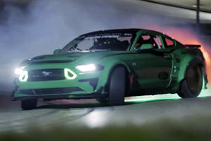 Drifting A Cloverleaf In A 900-HP Mustang Is One Way To Fete St Paddy's