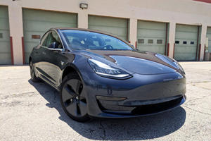 The Mid-Range Tesla Model 3 Is Already Dead