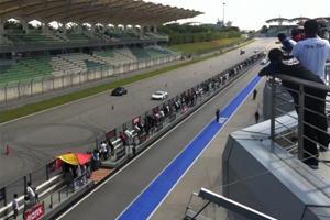 Mercedes-Benz SLS AMG Lines Up Against Lamborghini Aventador
