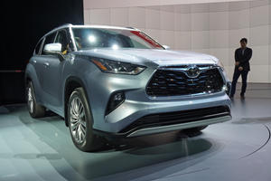 Meet The All-New 2020 Toyota Highlander