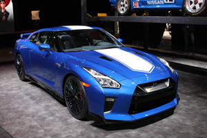 Nissan GT-R 50th Anniversary Edition Looks Brilliant In Bayside Blue