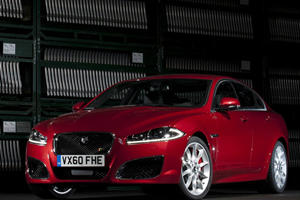 New York 2011: Jaguar XF and XFR Facelifted