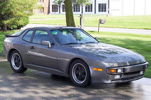 The Other Porsches: 944/968