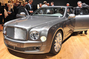 Cars That Attract Women: Bentley Mulsanne