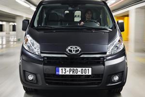 Toyota Reveals New Proace Van