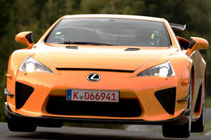 Great Automotive Rivalries: Viper vs. LFA