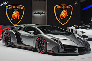 Veneno Revs in the Geneva Palexpo