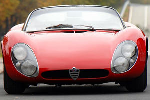 Sexualized Cars: Alfa 33 Stradale