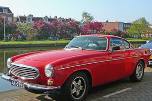 Screen Cars: Volvo P1800