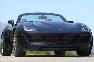Tauro V8 Spider is an Exclusive Piece of Ass