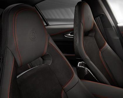 Alfa Romeo Giulia Quadrifoglio Sedan Interior Detail