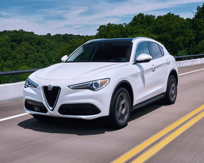 2018 Alfa Romeo Stelvio Ti 4dr SUV Exterior. Options Shown.