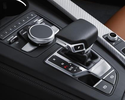 2018 Audi A5 Prestige quattro Coupe Shifter