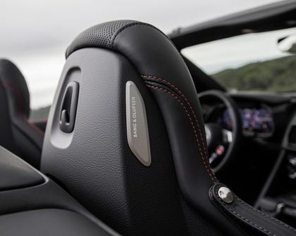 2017 Audi R8 V10 quattro Spyder Convertible Interior Detail