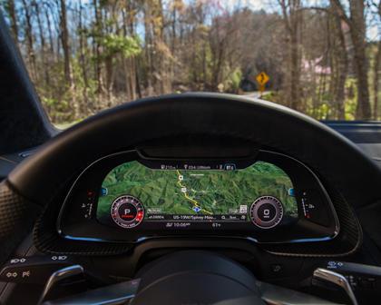 2017 Audi R8 V10  quattro Coupe Navigation System
