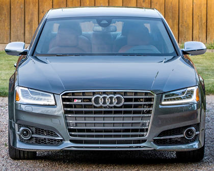 2017 Audi S8 plus quattro Sedan Exterior