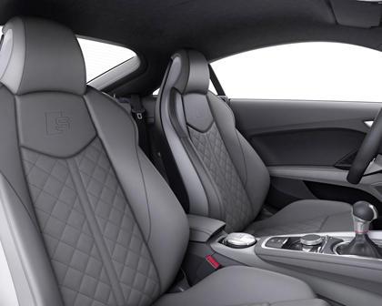 2017 Audi TTS quattro Coupe Interior