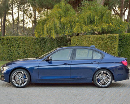 2016-2018 BMW  3 Series Sedan Left Side View