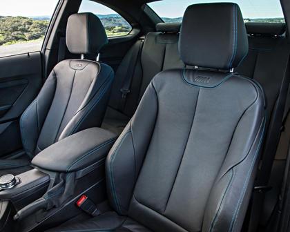 2017 BMW M2 CoupeInterior